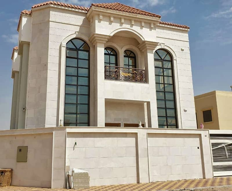 Without commission and bank facilities 100% of the property value and a monthly premium of 5000 dirhams only and the price is very attractive and for a limited time in the best areas of Ajman where calm and full services