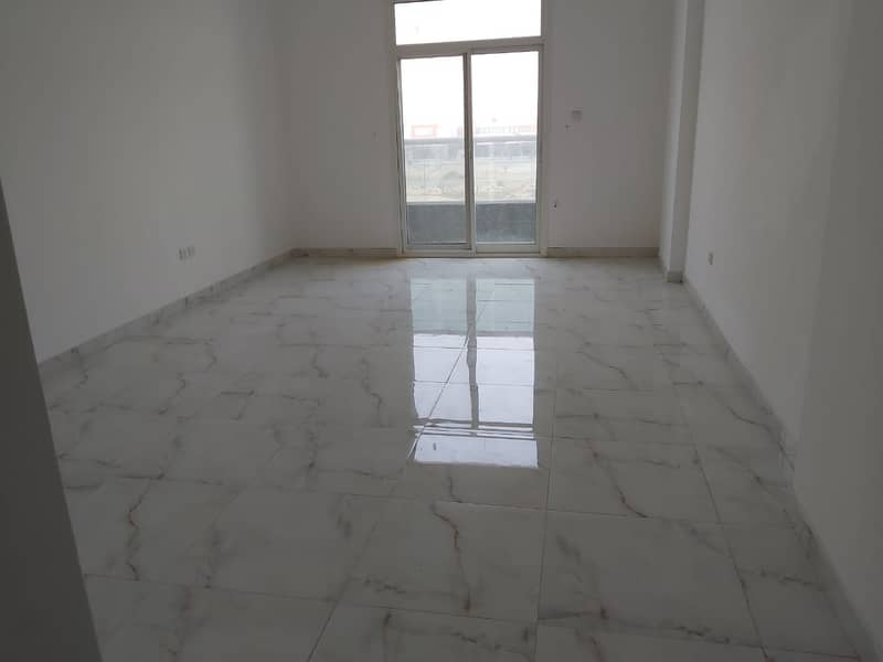 شقة في الجرف 3 الجرف 1 غرف 21000 درهم - 4622506