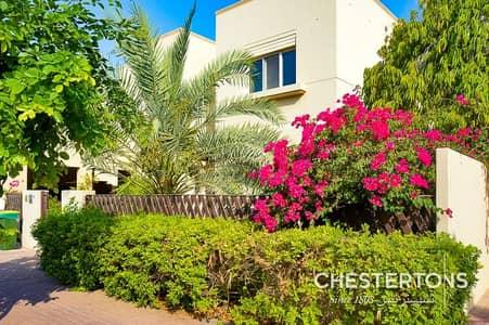 فیلا 5 غرف نوم للايجار في السهول، دبي - Beautifully landscaped garden | Vacant |