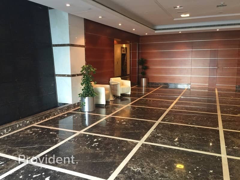 10 Fully Furnished | Skyline View | Opposite to Park