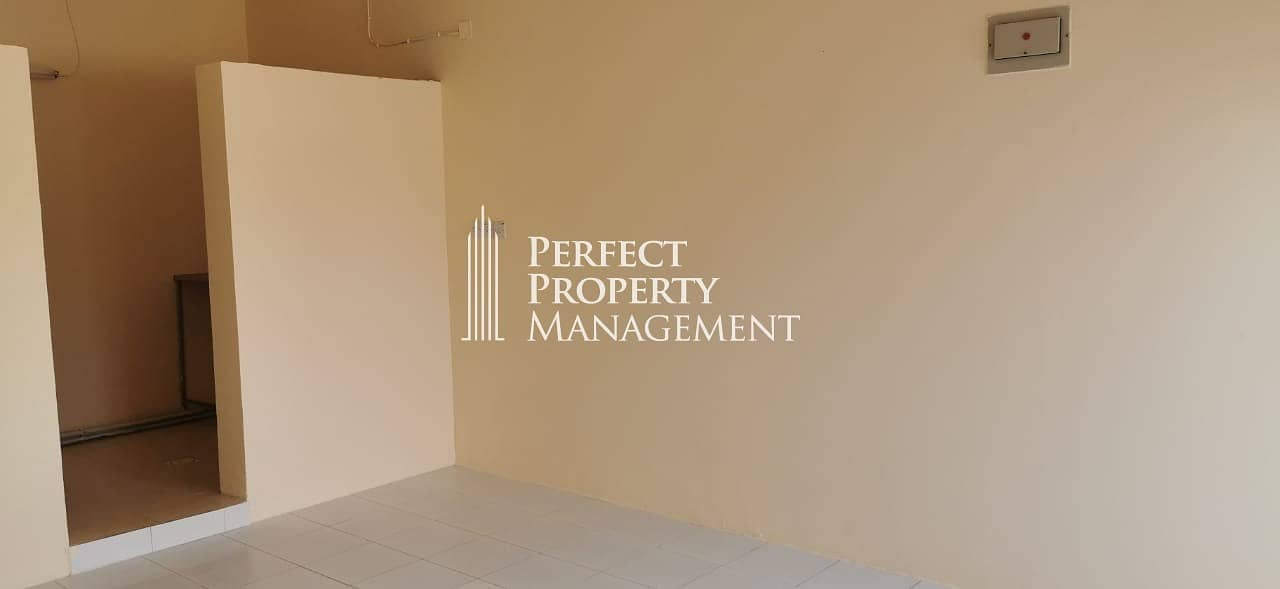 Studio in a good location for rent near Immigration in Mamorah