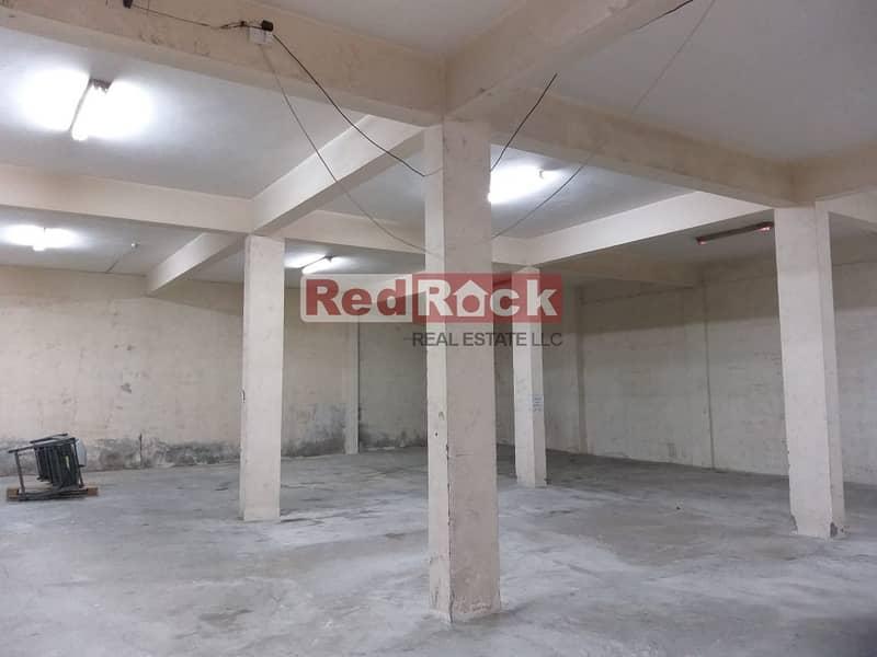 2 4500 Sqft Warehouse Dedicated Parking in Umm Ramool