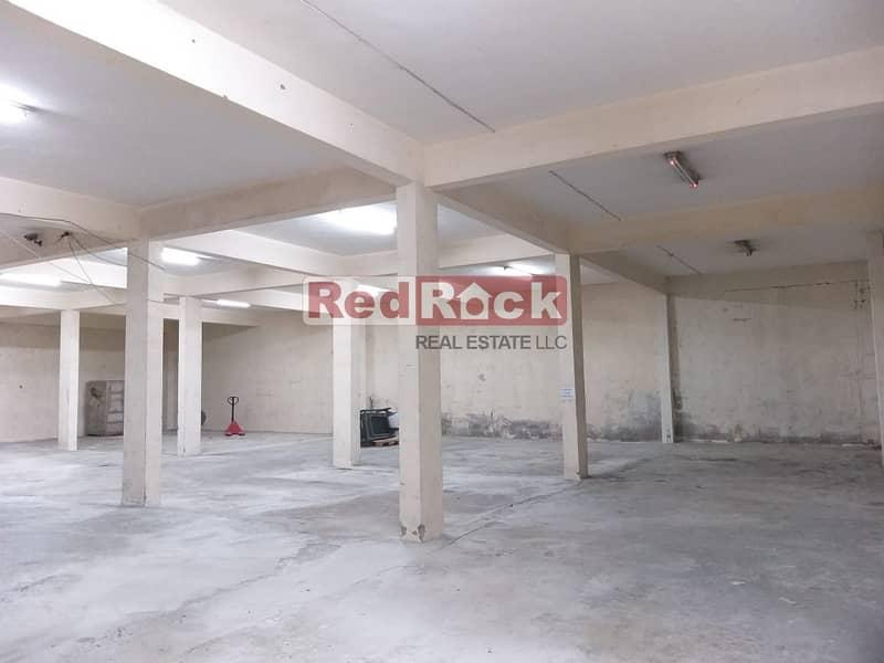 14 4500 Sqft Warehouse Dedicated Parking in Umm Ramool