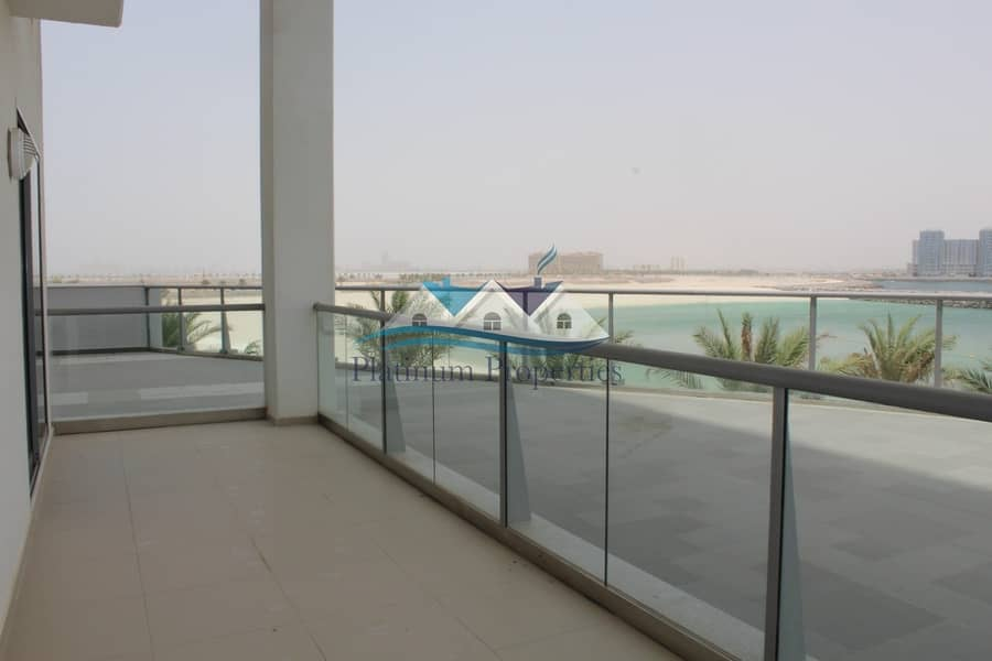 *** NEW ***Stunning Sea View Duplex in Pacific