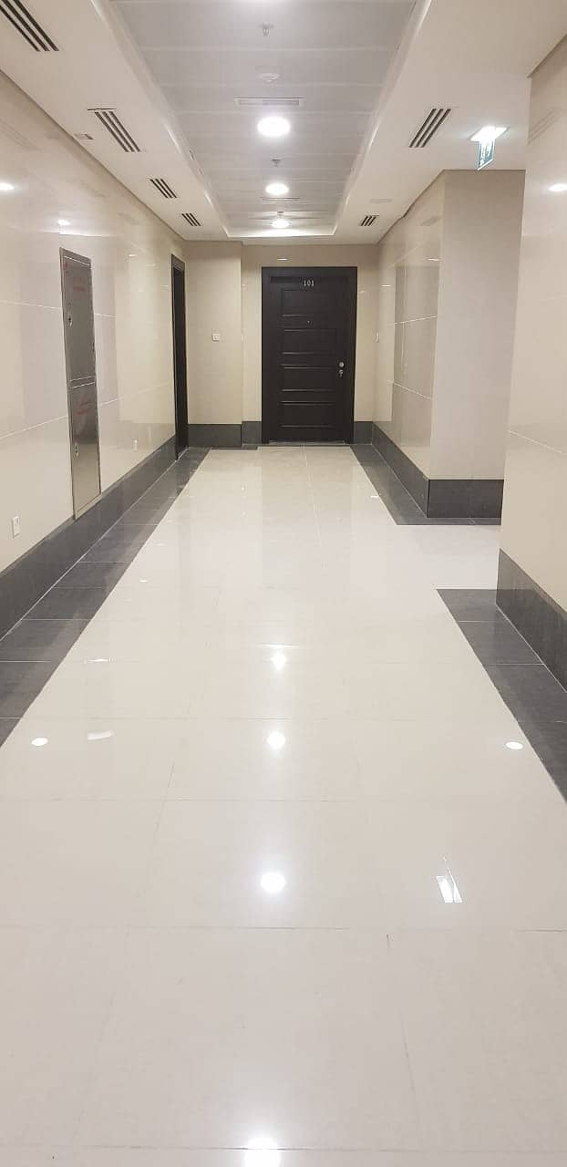 Amazing Deal ! 2 - BHK  Apartment  With Free Parking ! Hamdan Street !