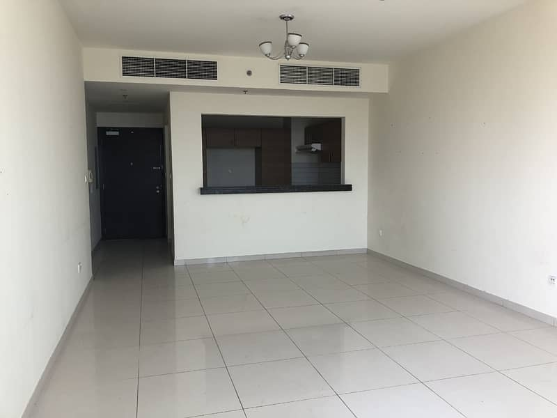Well maintained 2br Apt with  a large terrace