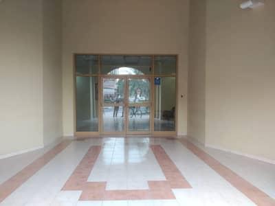 شقة في الحي الإسباني المدينة العالمية 17000 درهم - 4628701