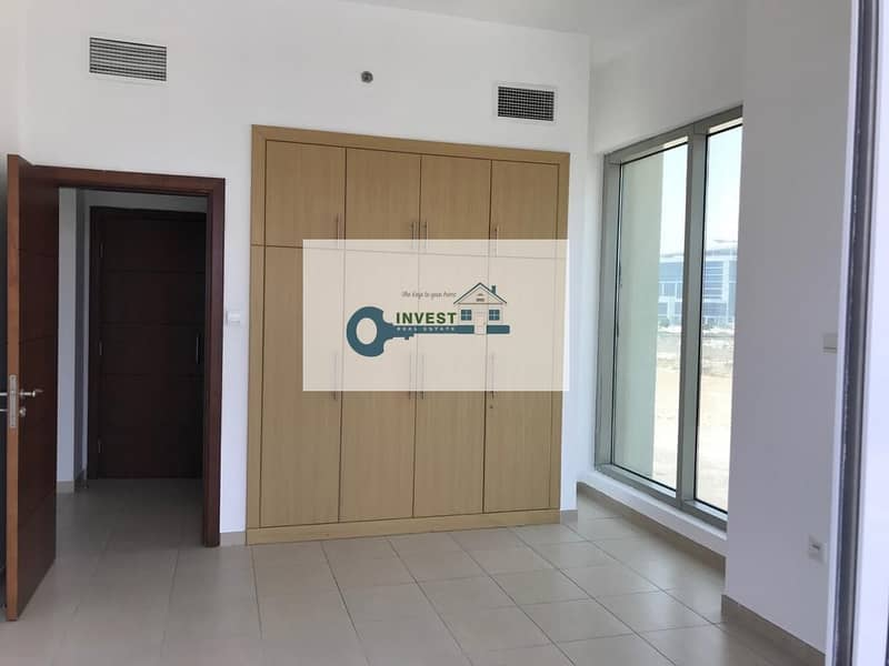 2 STAY SAFE   ONLY  35K IN 12 CHEQUES   SPACIOUS AND BRIGHT 1 BEDROOM   WELL MAINTAINED APT.   CALL NOW