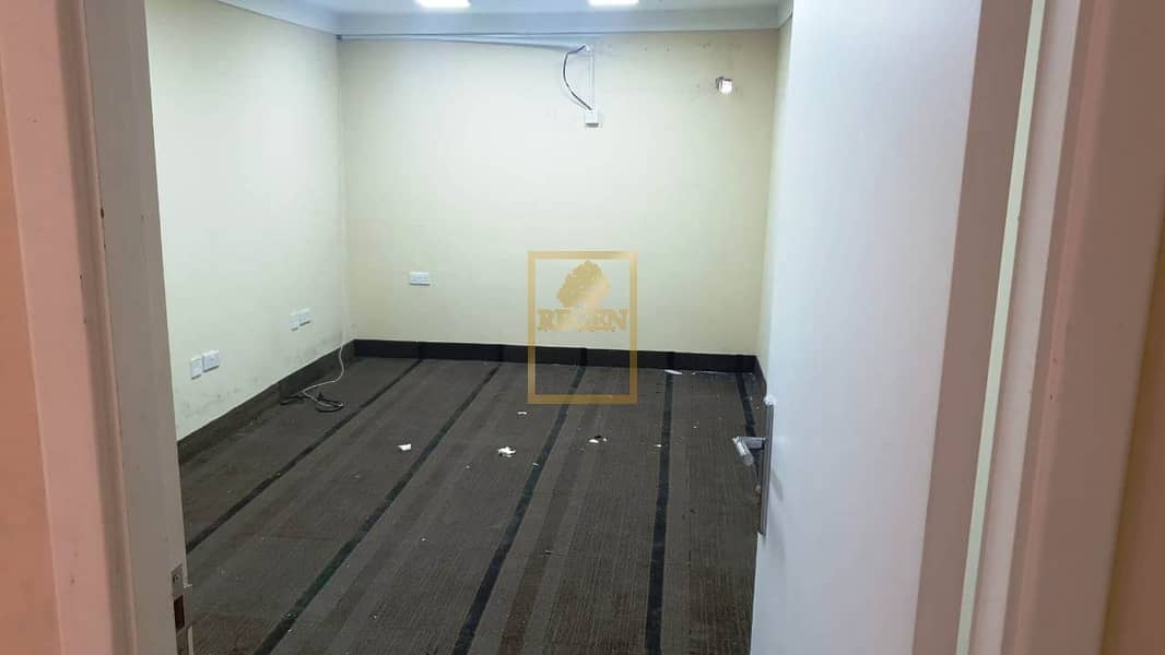 2 Ideal small warehouse with office - 500 SqFt