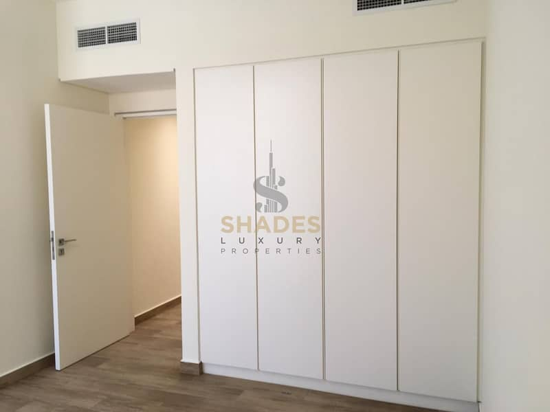 2 Contemporary style | Brand new | First come first served