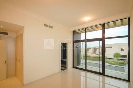 فیلا 3 غرف نوم للايجار في داماك هيلز (أكويا من داماك)، دبي - Single Row 3BR THK Available From Mid June
