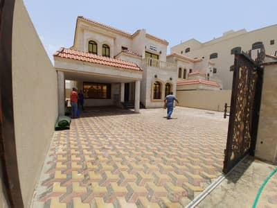 6 Bedroom Villa for Sale in Al Mowaihat, Ajman - for sale brand new villa with very good finishing in good price nearby mosque