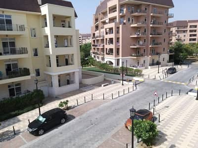Motor City Claverton House Vacant specious 2 bedroom with 2 store Rent 60k/-4 cheqs