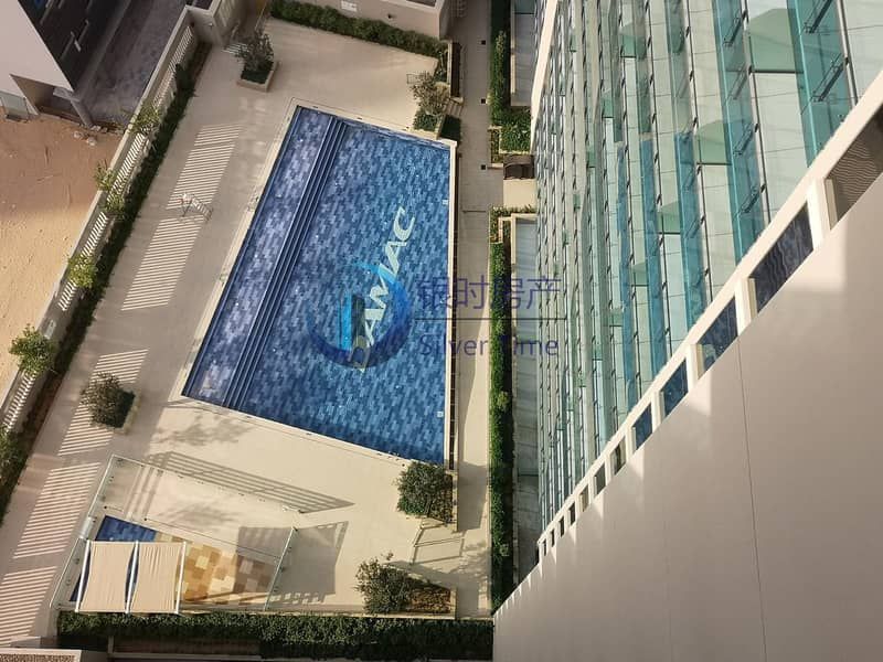 Spacious Studio | Pool View | Chiller Free
