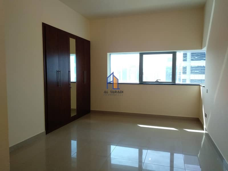 Spacious 3BR Plus Miads With Facing Sea View