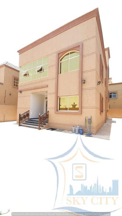 فیلا 5 غرف نوم للبيع في المويهات، عجمان - للبيع فيلا قريب شارع سباق الهجين قريب جميع الخدمات