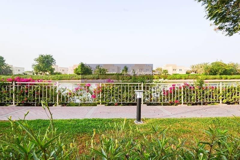 15 Best Deal in Hattan ! Beautiful Upgraded