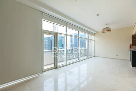 Studio for Sale in Business Bay, Dubai - Well-managed Studio Apartment