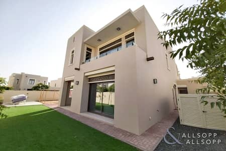 4 Bedroom Villa for Rent in Arabian Ranches 2, Dubai - 4 Bed | End Unit | Large Plot | Maids Room