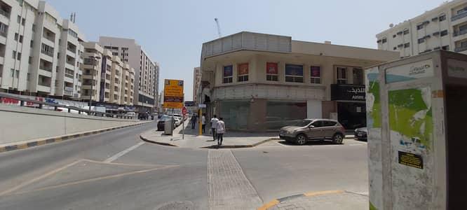 محل تجاري  للايجار في منطقة الرولة، الشارقة - 2