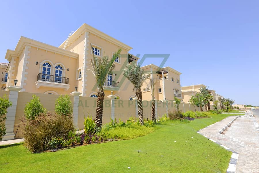 Stunning 5 BR Villa in Mohamed Bin Zayed