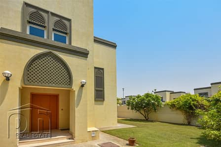3 Bedroom Villa for Rent in Jumeirah Park, Dubai - Regional | All Ensuite | Landscaped Garden