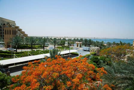 1 Bedroom Flat for Sale in Al Marjan Island, Ras Al Khaimah - 1BR Apartment with magnificent View for Sale
