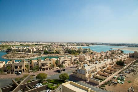 2 Bedroom Apartment for Rent in Al Hamra Village, Ras Al Khaimah - Lagoon View 2 Bedroom Apartment