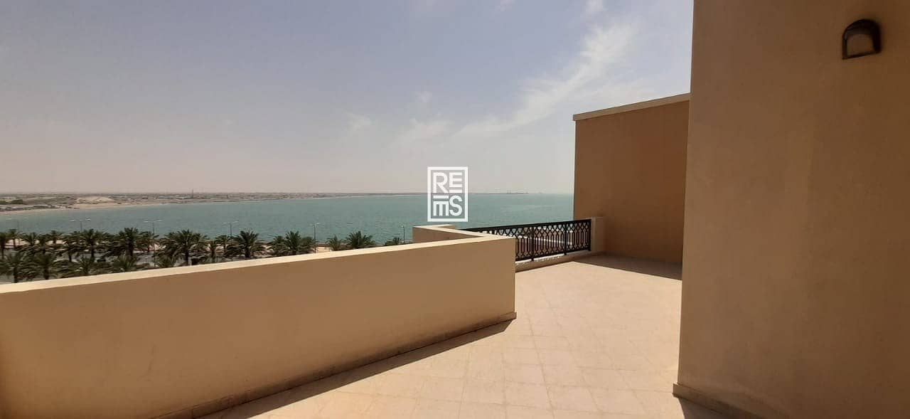2 Amazing Panoramic Sea View With 5 Years Easy Payment Plan  One Bedroom Apartment - Bab Al Bahr