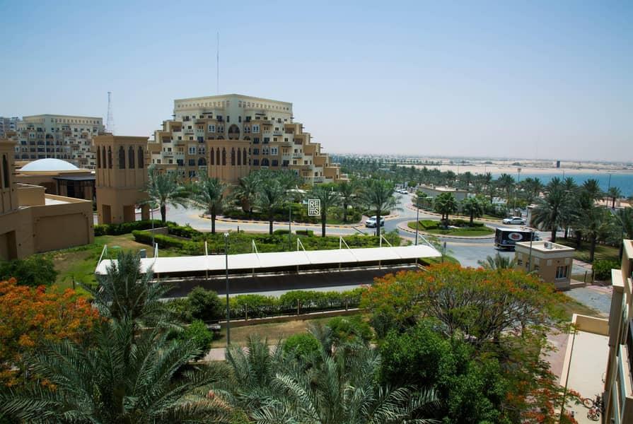10 Stunning BR in The Bab Al Bahr Residences