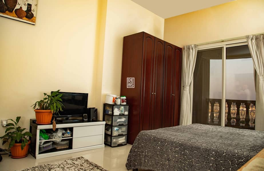 Best Price for Fully Furnished Studio