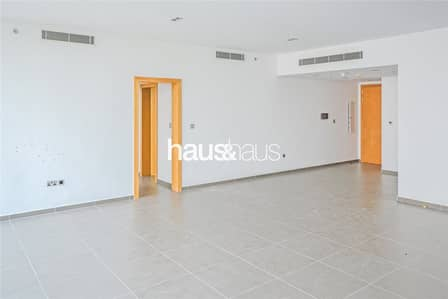 2 Bedroom Flat for Rent in Sheikh Zayed Road, Dubai - Burj Khalifa Views | Great Finish | Multiple Units