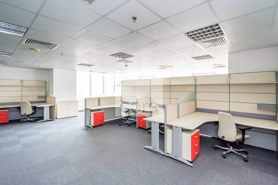 13 Fitted office on mid floor | Freezone license