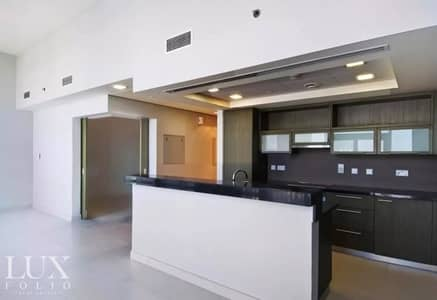 Multiple Cheques | Spacious | Close to Metro