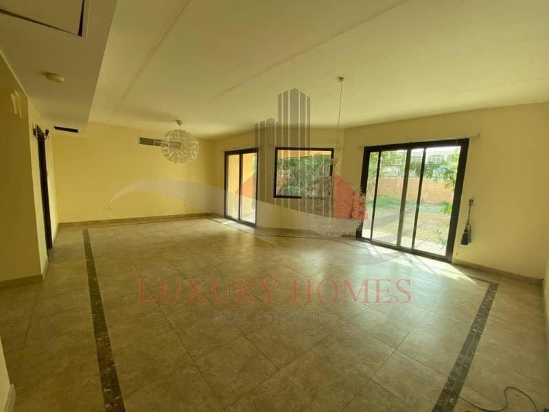 Elegant Duplex Villa in Community with Facilities
