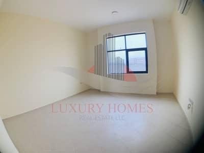 شقة 3 غرف نوم للايجار في الهيلي، العین - Spacious in Reasonable Price Near Rotana