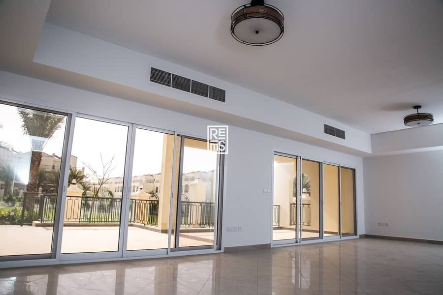 2 Magnificent  4BR Bayti Townhouse for Sale