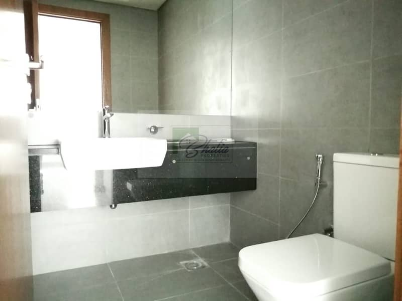 13 No Commission I 1 Month Gift I 1 BR with Equipped Kitchen