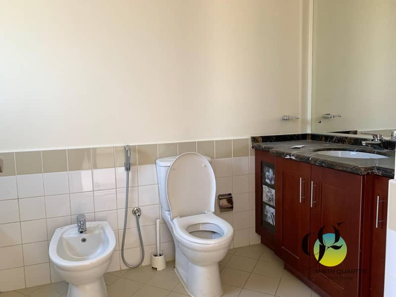68 Awesome Deal! Make an offer! Type C 2B Villa Single Row
