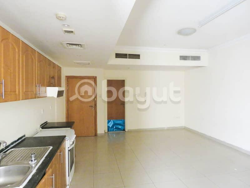 شقة في القاسمية 18000 درهم - 4634285