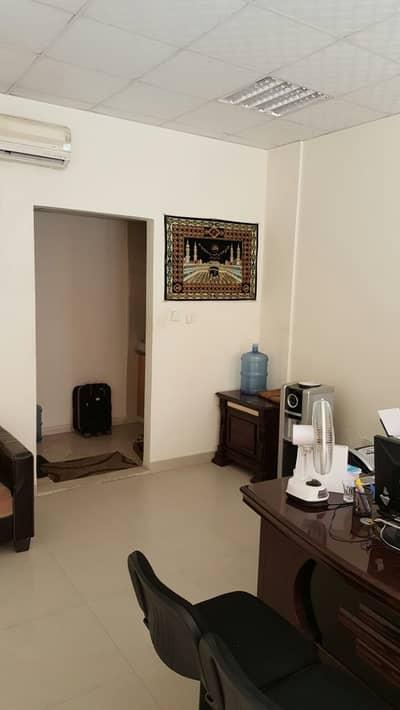 محل تجاري  للايجار في المدينة العالمية، دبي - محل تجاري في الحي اليوناني المدينة العالمية 22000 درهم - 4630656