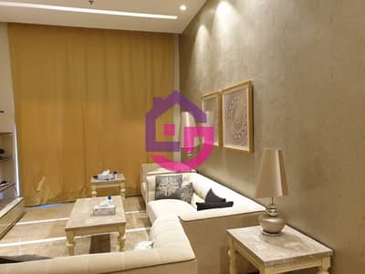STYLISH FURNISHED 3 BED PENTHOUSE IN THE CITY!
