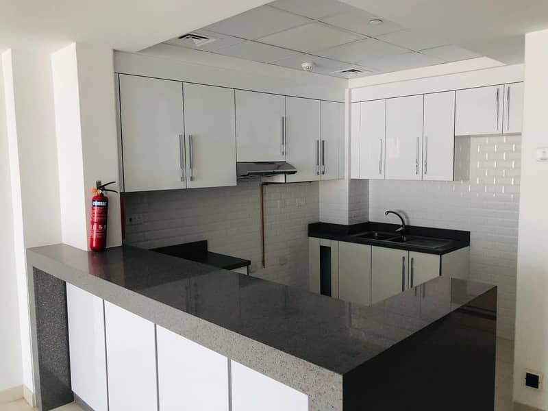 20 LUXURY BRAND NEW BUILDING | 1 MONTH FREE | NO COMMISSION