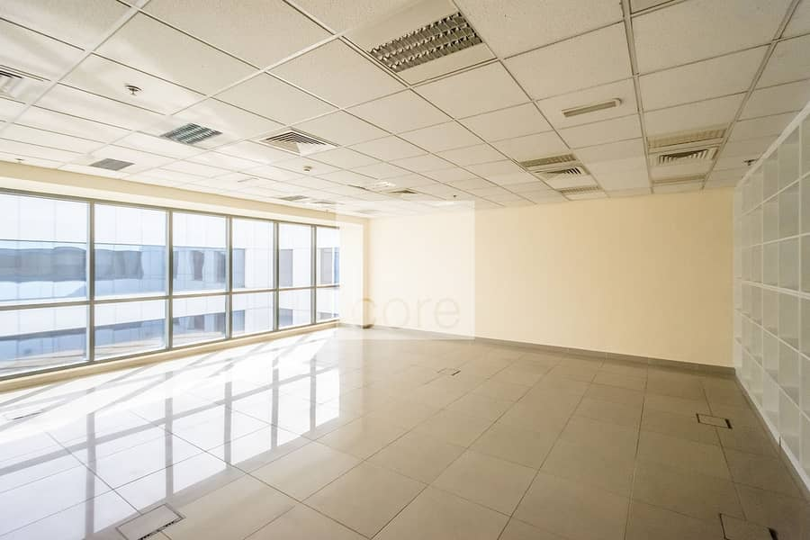 2 Fitted office on prime location   High floor
