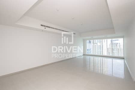 3 Bedroom Apartment for Rent in Dubai Marina, Dubai - Gorgeous and Huge Apartment with Marina View