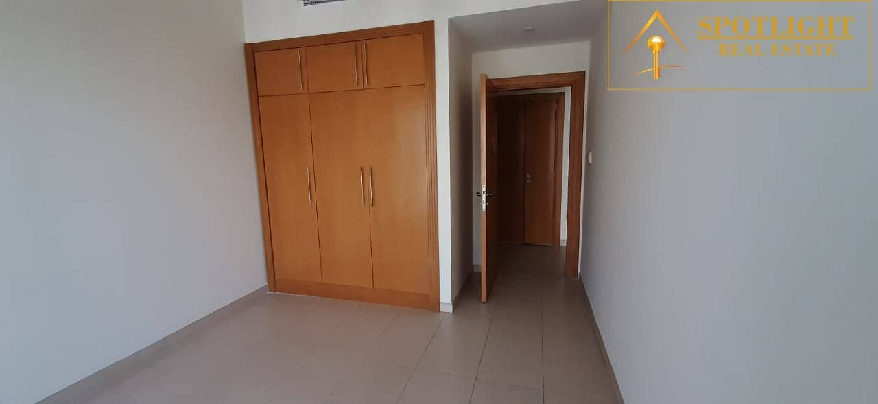 One Bedroom With Lake View For Rent Mayfair Residency