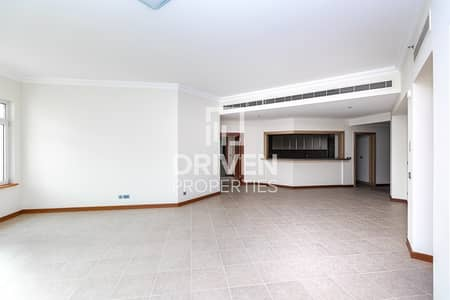 3 Bedroom Apartment for Sale in Palm Jumeirah, Dubai - Amazing 3 Bed Apartment in Palm Jumeirah