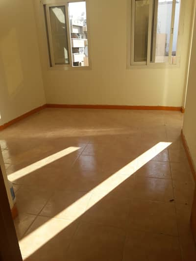 Lowest Price 1BHK Best Offer for rent near Bus Stop in Al Baraha, Deira