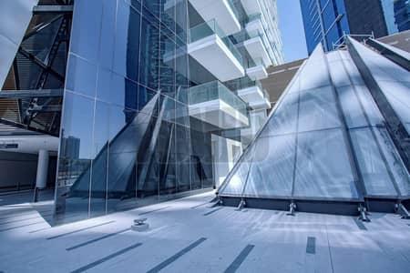 محل تجاري  للايجار في الخليج التجاري، دبي - Upscale Retail Space   Road Facing   Central Location
