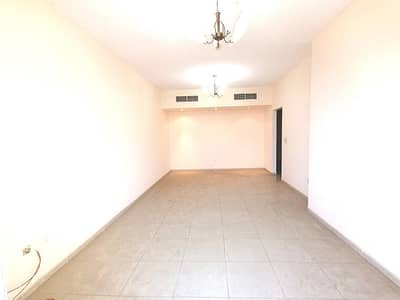 3 Bedroom Flat for Rent in Al Taawun, Sharjah - Chiller Free | Sea View | Wardrobes | Spacious